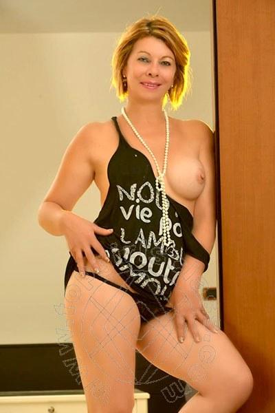 Isabela  LECCO 3331566615